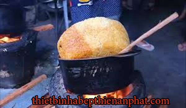 nấu cơm thủ công năng suất thấp