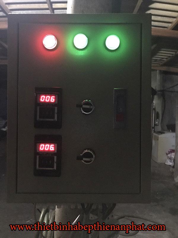 tủ điện có chế độ cài thời gian